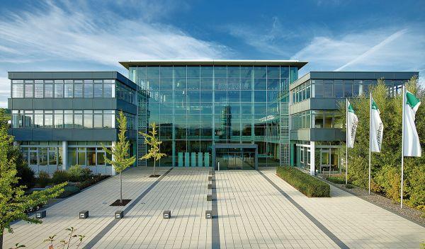 Konzernzentrale des IT-Unternehmens Bechtle in Neckarsulm: Die Mittelklasse-Aktie ist eine neue nachhaltige ECOreporter-Favoritenaktie. / Foto: Bechtle AG