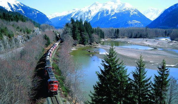 Der Swisscanto-Mischfonds ist unter anderem in die Eisenbahn-Aktie von Canadian National Railway investiert. Er setzt auf Wertpapiere von Unternehmen, die zu mehr Nachhaltigkeit beitragen, etwa im Verkehr. / Foto: Canadian National Railway