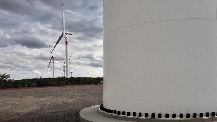 Der DnB Renewable Energy ist stark in den Energieversorger Enel investiert. Im Bild Bauarbeiten an einem brasilianischen Windpark von Enel. / Foto: Unternehmen