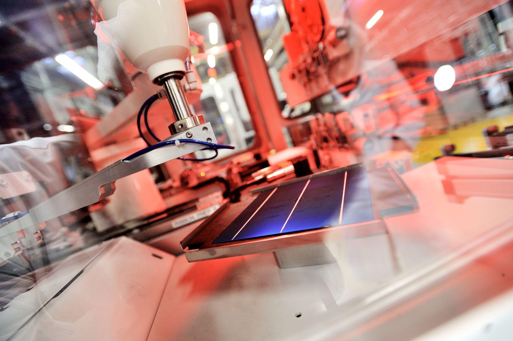 Solarproduktion bei Hanwha Q Cells: Die Solar-Aktie des Konzerns mit Hauptsitz in Südkorea hat zuletzt leicht zugelegt. / Foto: Hanwha Q Cells