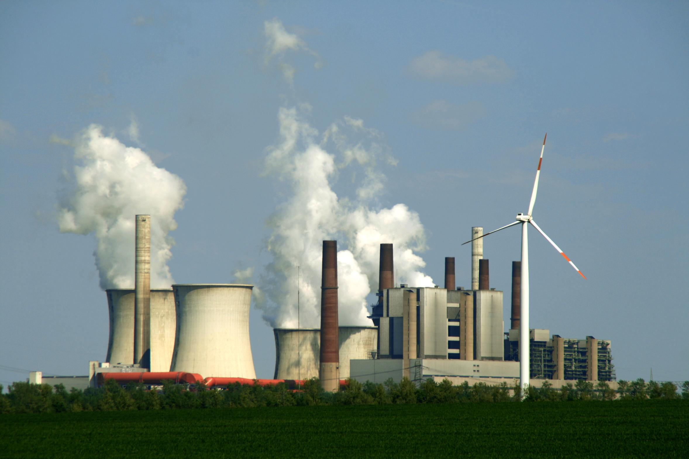 Als nachhaltig beworbene ETFs enthalten auch Aktien von Kohleunternehmen. / Foto: Chris74, Fotolia