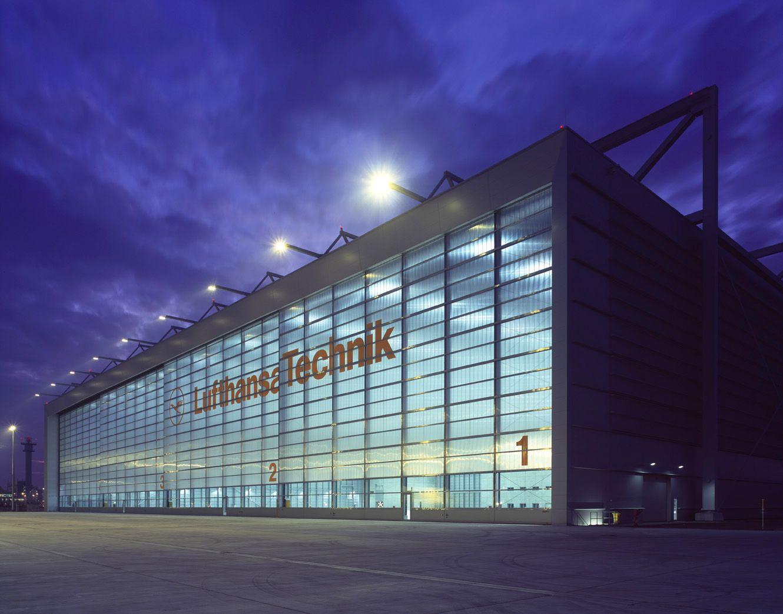 Ledora_LED_Referenz_Lufthansa Frankfurt_c_JSchmidt_Groß