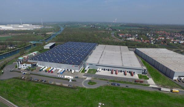 In dieses Solarkraftwerk auf dem Dach einer Dortmunder Spedition hat Zukunftsenergie Deutschland 4 bereits investiert. / Foto: Neitzel & Cie.