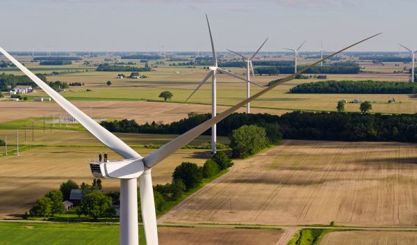 Die EEG-Reform wird die Rahmenbedingungen für Investitionen in erneuerbare Energie stark verändern. Im Bild: Deutscher Windpark mit Anlagen von Nordex. / Foto: Unternehmen