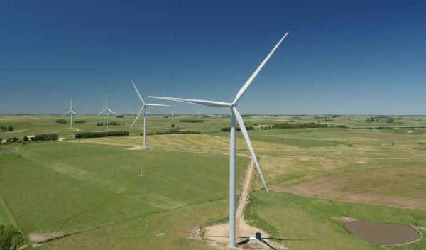 Diesen Windpark in Uruguay hat Nordex mit Anlegen bestückt. Weil sich ein Großauftrag aus Südamerika verzögerte, hat der Windkraftanlagenhersteller seine Erwartungen für 2016 knapp verfehlt. / Foto: Unternehmen