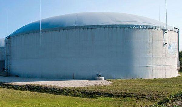 Biogasanlage der Grüne Werte Energie GmbH: Investoren haben bei dem Unternehmen solche Anlagen über Nachrangdarlehen finanziert. Seit Ende Dezember warten fast 200 Kleinanleger auf ihre Zinsen. ECOreporter.de hat Geschäftsführer Ulrich Zemke dazu befragt. Er nennt zwei wesentliche Gründe für den Verzug. / Foto: Unternehmen