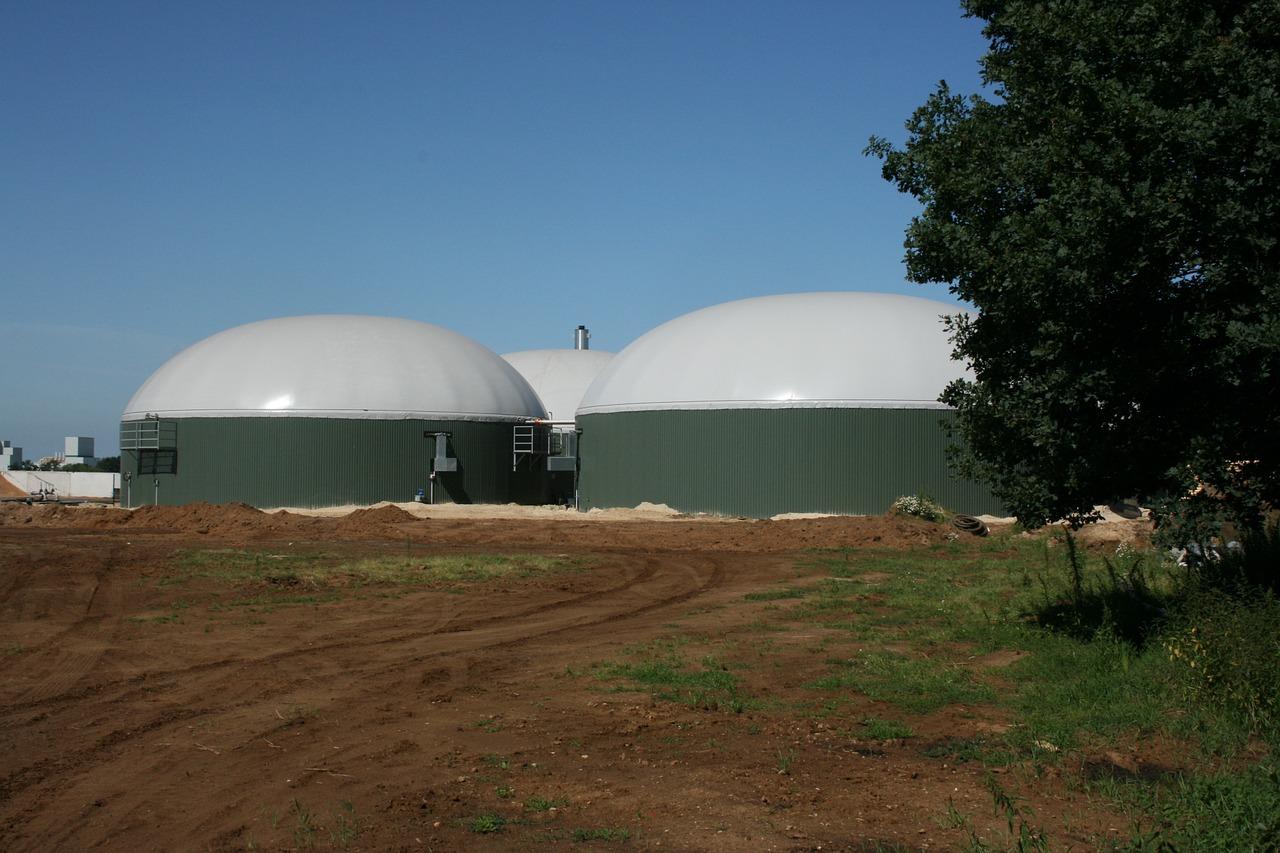 Mehr Wettbewerb: Im Rahmen des EEG 2017 müssen sich die Betreiber von deutschen Biogasanlagen künftig auf Ausschreibungen bewerben. / Foto: Pixabay