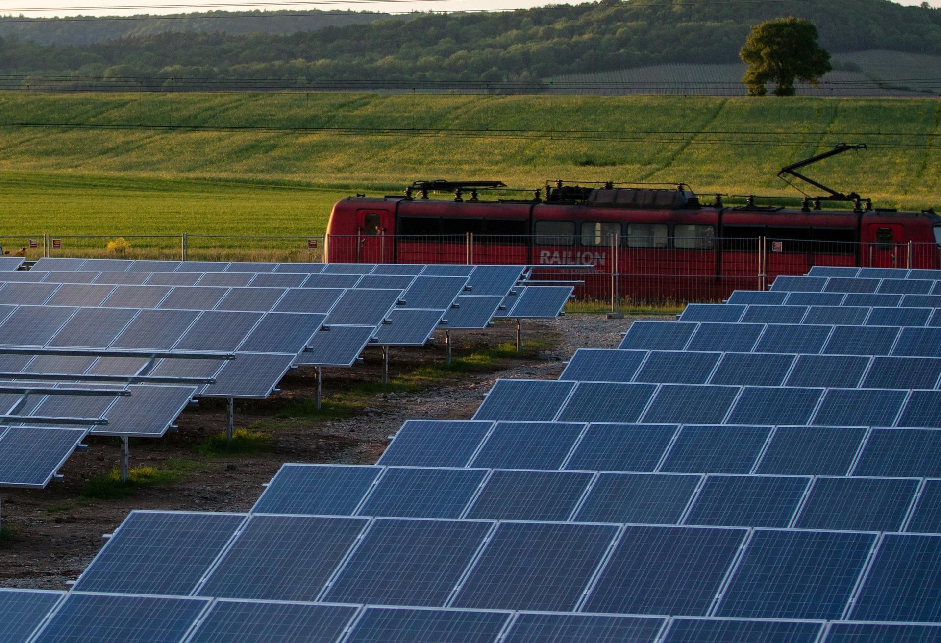 Die PV – Invest GmbH betreibt nach eigenen Angaben über Projektgesellschaften 20 Solaranlagen. / Foto: Pixabay